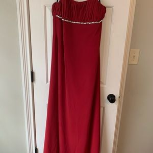 Formal red size 8